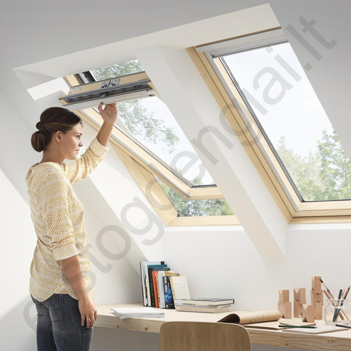 stoglangis velux gll1061 94x118 standard plus ilumos izoliacija. Black Bedroom Furniture Sets. Home Design Ideas